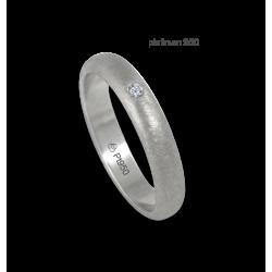 Anello in platino 950 superficie bombata finitura ghiacco un diamante modello pt_jb24-20dw