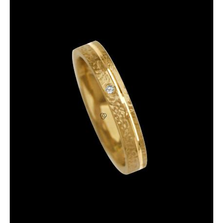Ring / wedding ring in white gold 18k hammered finish one diamond model zb233034dw