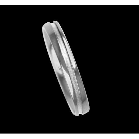 Ring / wedding ring 18 carat white gold oblique groove, one diamond model vd535544dw