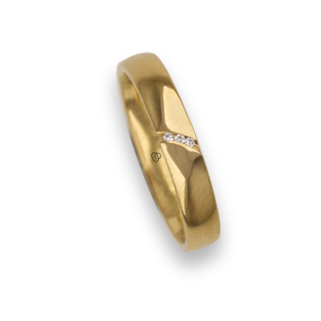 Ring / wedding ring 18 carat yellow gold with groove transversal, three diamonds model ag537844dw