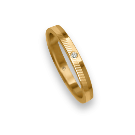 Ring / wedding ring 18 carat yellow gold flat surface partiallay striped one diamond model eg5277dw