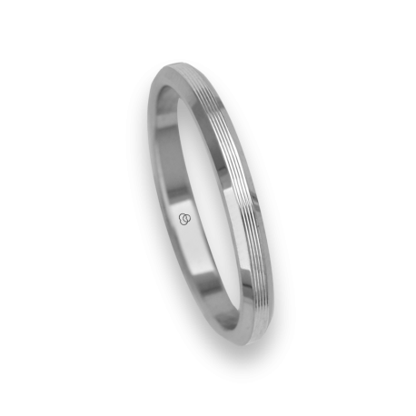 Ring / wedding ring 18 carat white gold flat surface and striped bevelled edges model eb5287ew