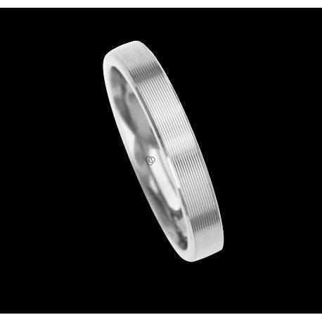 18 carat white gold ring / wedding ring polished finish striped surface model eb53p_ew