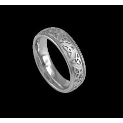 Кельтское кольцо из белого золота с закругленной поверхностью с пескоструйным рисунком th23b_uomo