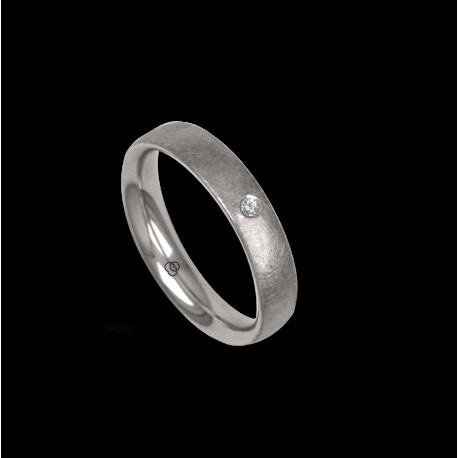 Platinum ring, rounded surface, ice finish, one diamond, model jb04-12tp_dia