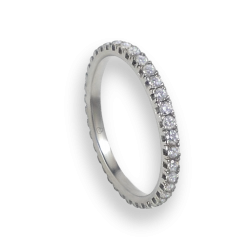 Engagement ring in white gold with white diamonds - model Light