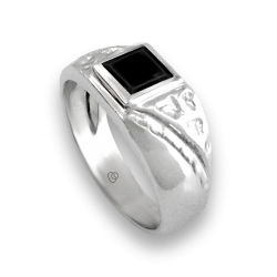 Men ring in white gold with black onyx - model Onix4