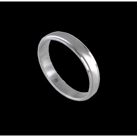 Кольцо унисекс из белого золота 18 карат с центральной матовой вставкой модель 53701ew