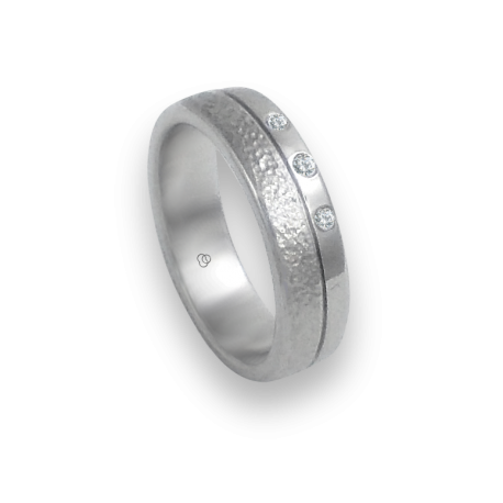Ring in white gold 18k with 3 diamonds polished and hammered finish model zb553234dw