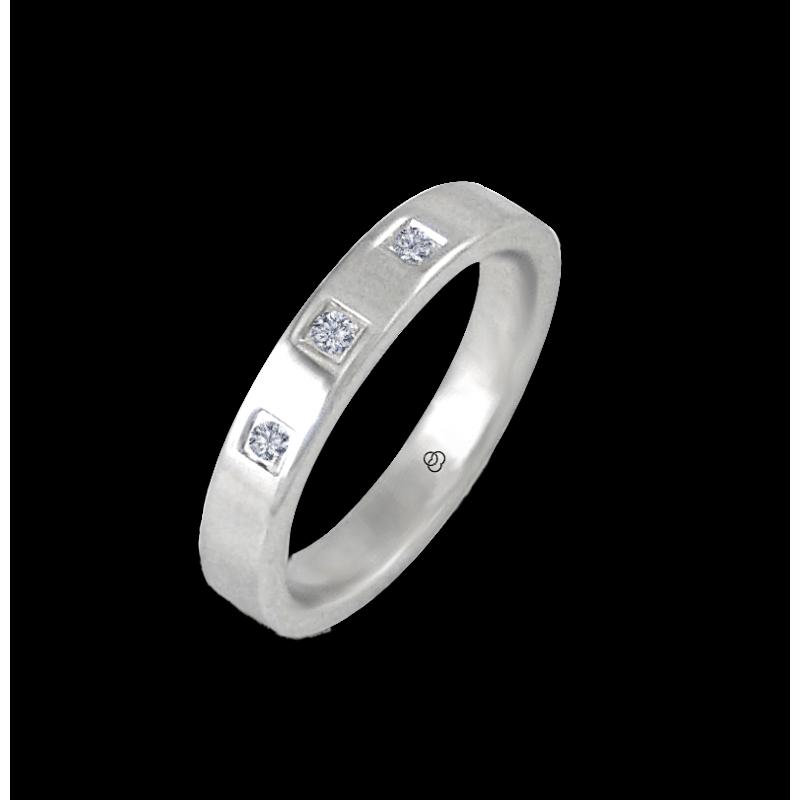 Anello in oro bianco 18 kt lucido superficie piatta tre diamanti modello ab-5.3-732-18dw