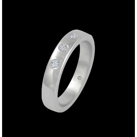 Anello in oro bianco 18 kt lucido superficie bombata tre diamanti modello ab4-632-41dw