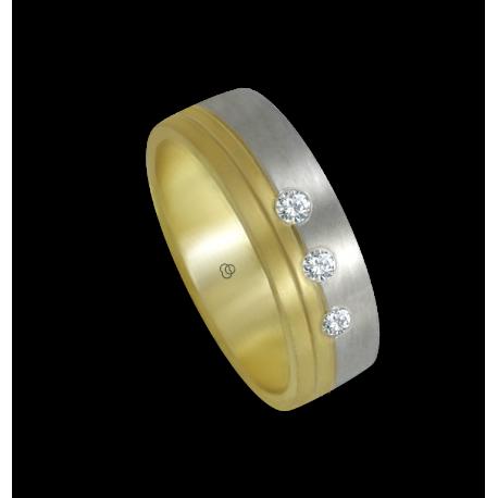 Кольцо из желтого и белого золота 18-каратное матовое с тремя бриллиантами модель ba066124dw