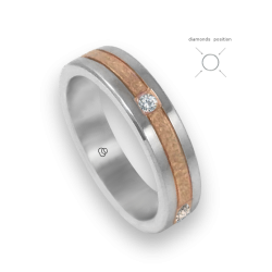 Ring in rose and white gold 18k hammered finish four diamonds model zp053434dw