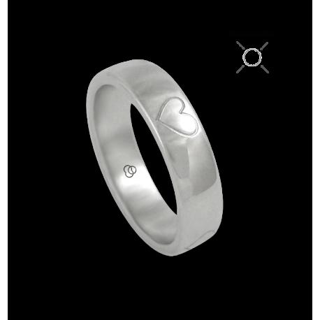Кольцо из белого золота 18 карат полированный с четырьмя рисунками сердца модель abCU36-4ew