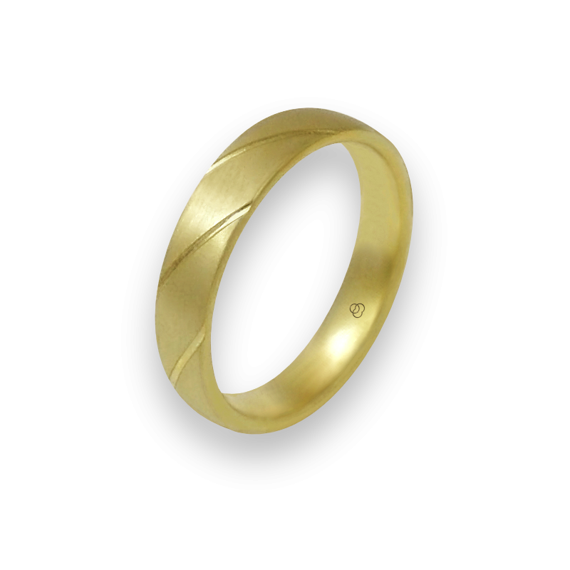 Кольцо из желтого золото 18-каратное матовое с косыми полосками модель bg044822ew