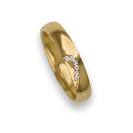 Woman ring for wedding in yellow gold 18k polished finish six white diamonds model ag731744dw