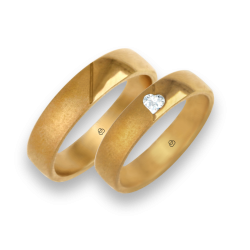 Yellow gold wedding rings polished-sandlast surface diamond shape heart model vagCuoreObSa