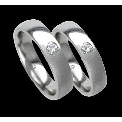 Fedi nuziali oro bianco lucide-sabbiate con diamanti forma cuore obliquo modello vabCuoreObSa