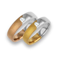 Bicolour wedding rings glossy and sandblasted diamond shape heart model avaCuoreObSa