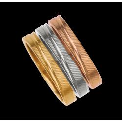 Set di tre anelli in oro giallo bianco rosa 18 kt con righe modello 5330ew