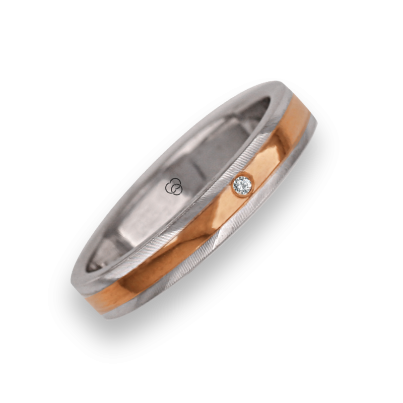 Ring / wedding ring in gold 18k two-tone rose and white satin on the sides model kp5350dw