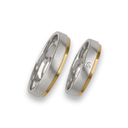 Wedding rings yellow and white gold, satin and polished, one diamond model la043614